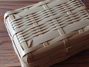 Bamboo basket 竹細工のかご
