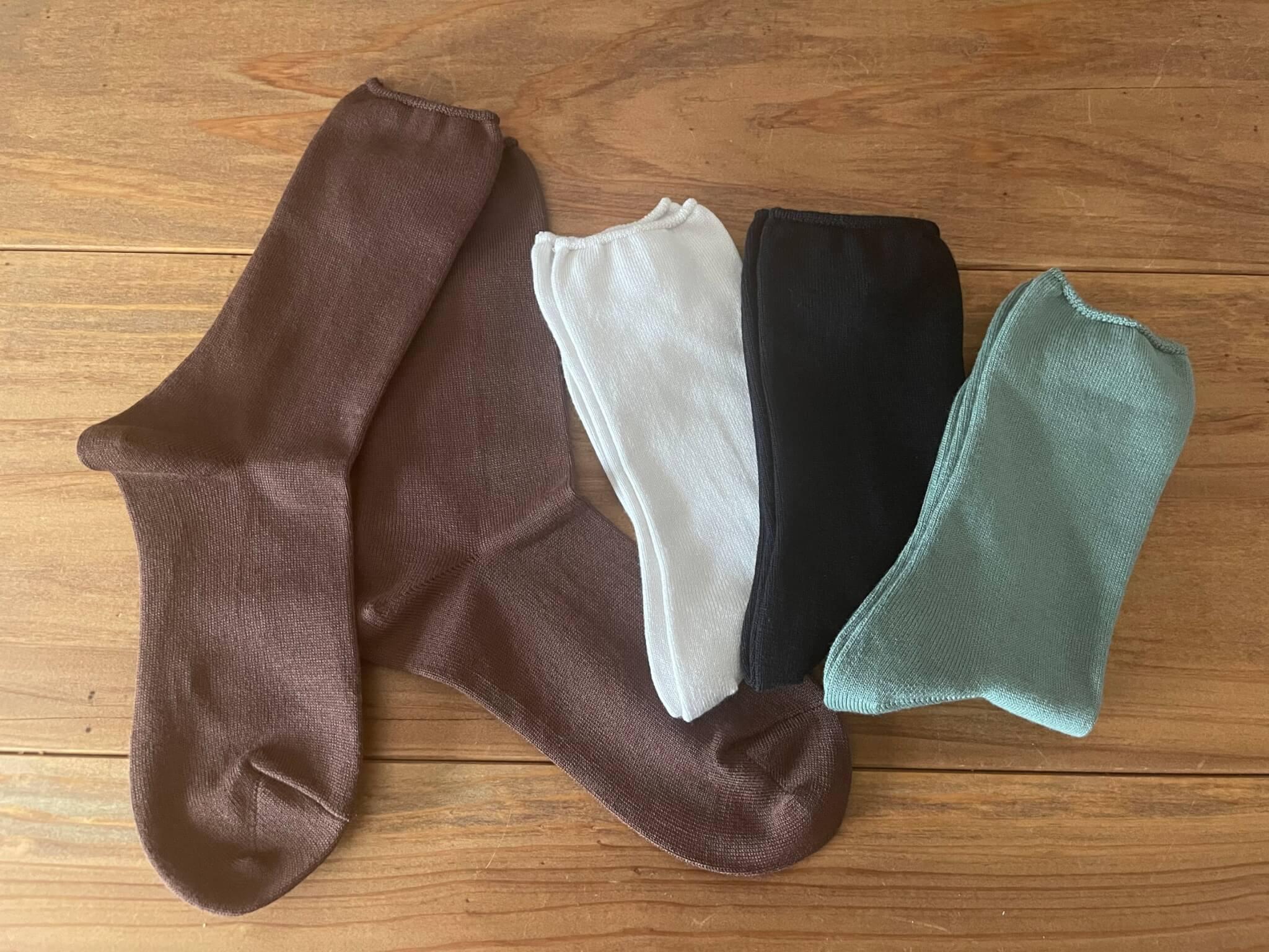 YUINO FAMILY NEW COLOR SOCKS 履き心地の良いYUINOのソックス